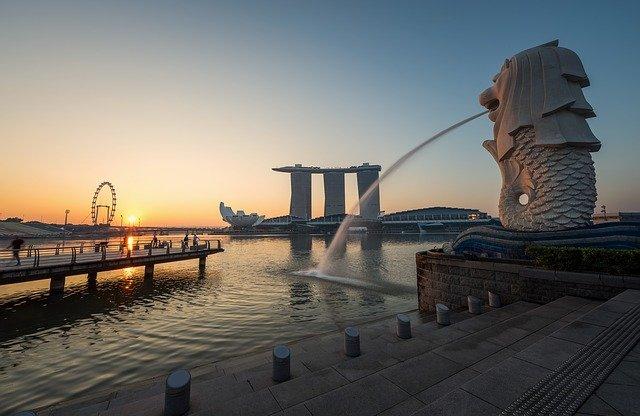シンガポール発展の歴史を解説!成り立ちや日本との関係性は?