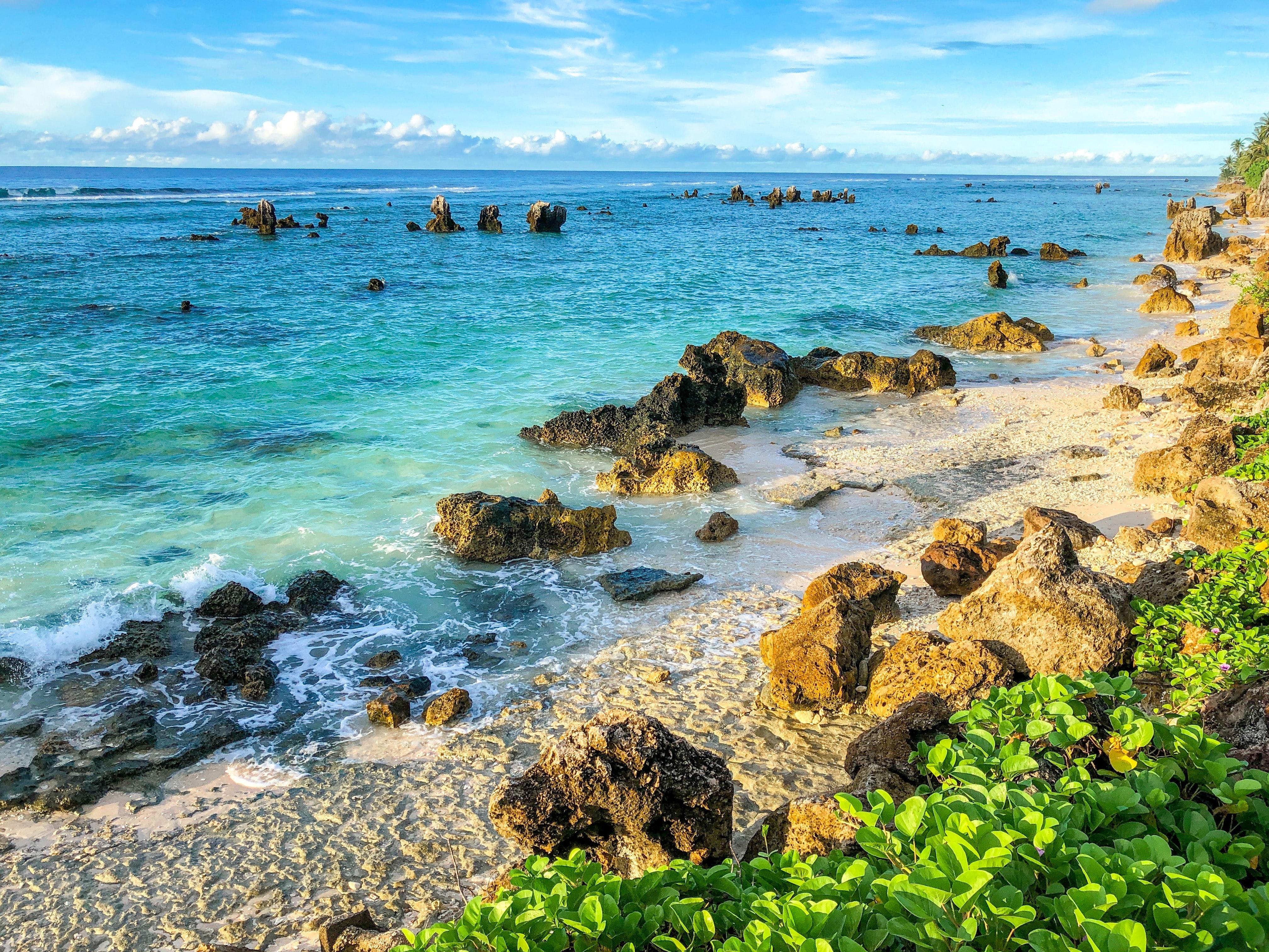 ナウルは世界3位の面積しかない小国!日本のどの島と同じ広さ?大きさや違いを解説!