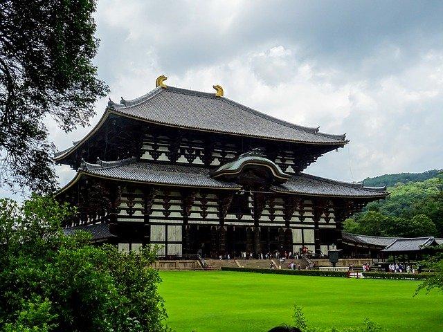 奈良県の大きさはどのくらい?面積・人口・人口密度を比較解説!