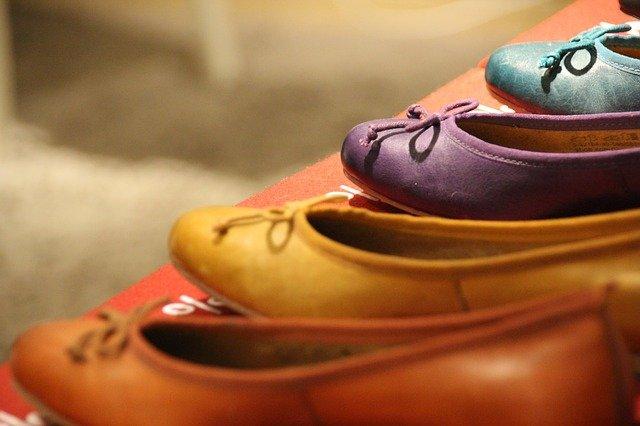 池袋で靴屋といえばココ!アクセスしやすい大きい&安いおすすめのお店をご紹介!