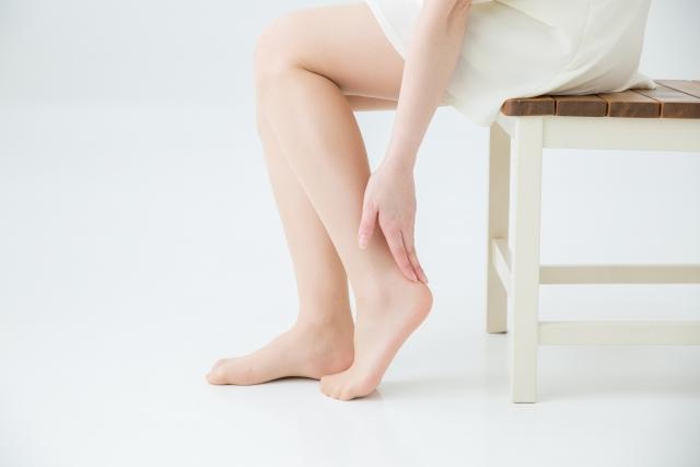 靴擦れがかかとにできる原因は?痛い靴擦れを防止する対策をご紹介!