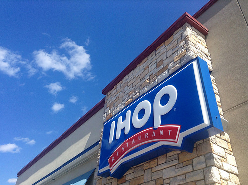 アイホップはハワイで24時間営業の人気パンケーキ店!おすすめメニュー ...