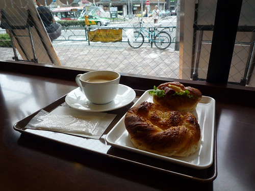 Saint Marc Cafe Shinjuku Monolith Building