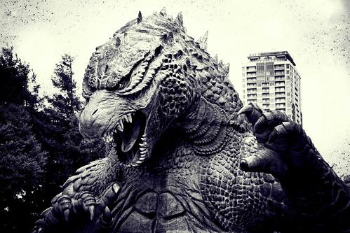 Godzilla Head shinjuku