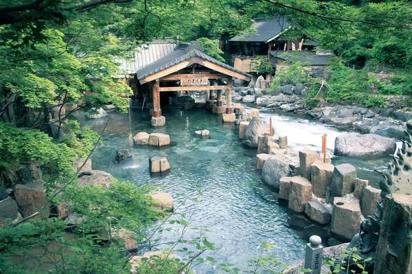 水上温泉周辺の観光名所といえば...