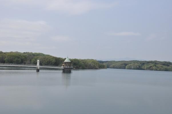 狭山湖は心霊スポット?釣りや観光でも有名!アクセスや見どころを
