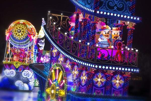 パレード エレクトリカル エレクトリカル・パレードデザイン!東京ディズニーランド「ミッキーマウス」ミニスナックケース
