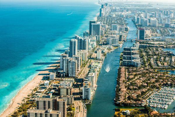 フォートローダーデールはフロリダの有名ビーチリゾート!観光スポット ...