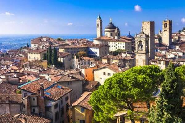 ベルガモはイタリアの美しい観光地!おすすめスポットや空港からのアクセスも!のイメージ
