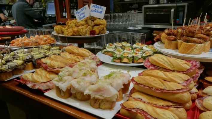 サンセバスチャンはスペインの美食の街!おすすめ観光はバルや ...