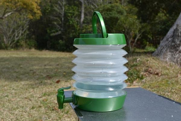ダイソーのウォータージャグは実用的で便利!折りたたみ式など種類は?のイメージ