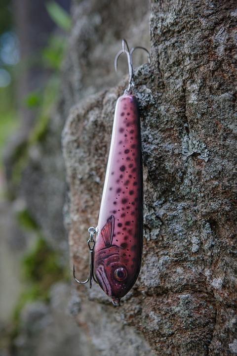 ダイソーのジグロックとジグベイトが良く釣れる!その違いについて
