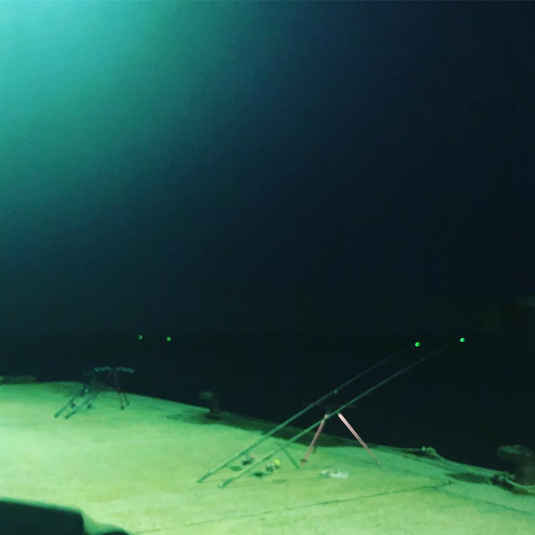 シマノ「ホリデーショートスピン」は堤防やサーフで使える投げ竿!