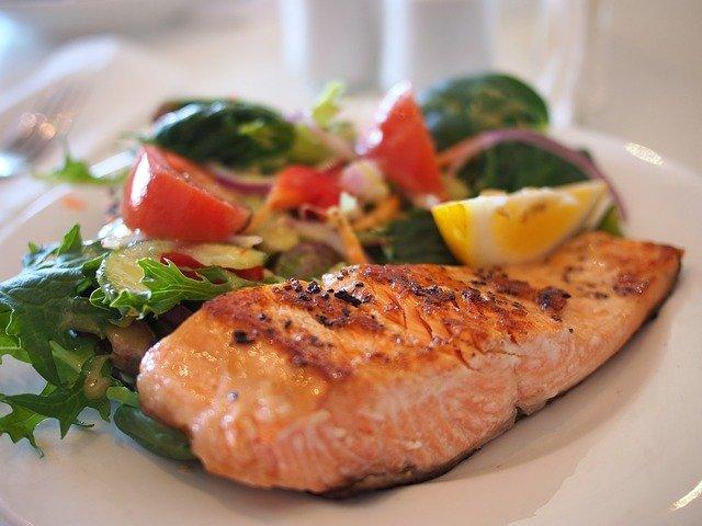 鮭を使った料理はこんなにある!簡単おいしい9種のレシピをご紹介!
