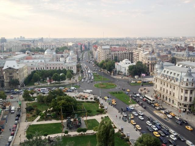 女子 事件 ルーマニア 大学生 殺人
