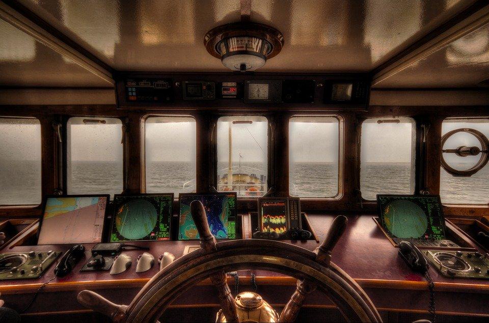 意味 ヨーソロー の 海軍の船で使用するヨーソローとかってどういう意味ですか?