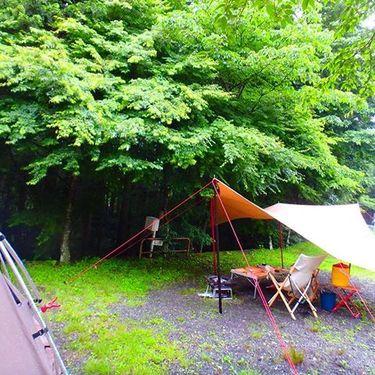 雨キャンプを楽しむための必需品&人気グッズ10選!雨の日対策はこれで万全!