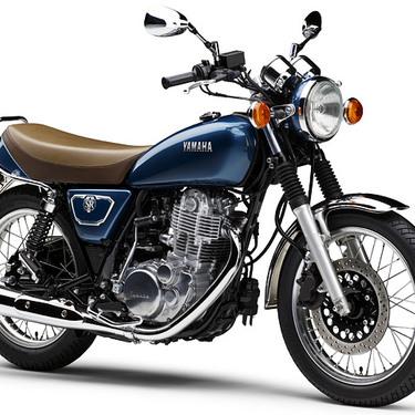 ツーリングに最適なバイクおすすめ12選!キャンプや旅行向けの中型車種はこれ!
