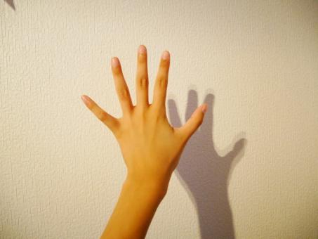 こつ 指 パッチン