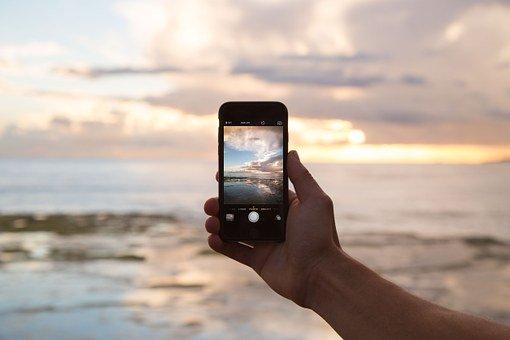 割れる 夢 画面 携帯