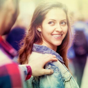 よく笑う人の7つの心理・特徴!よく笑う人は魅力的で恋愛でも得?