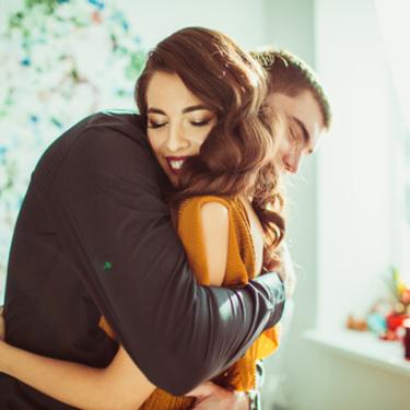 男性が女性を抱きしめる時の心理5選!抱きしめる瞬間何を考えてる?