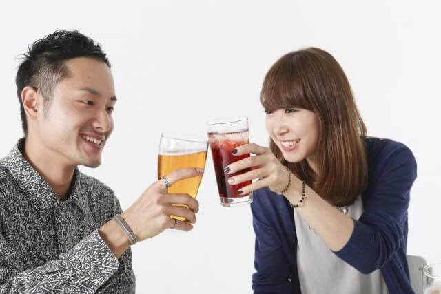 飲みに誘う方法!サシ飲みの誘い方!女性を落とそう