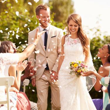 結婚式に出会いはある?友人の結婚式・二次会で出会う方法5選!