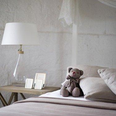 寝室風水で人生を変える!ベッドの位置に注意!【運気を上げるコツ】