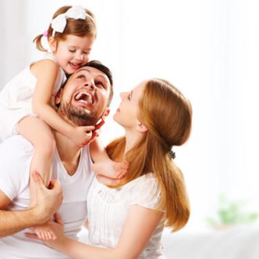 新生児の授乳時間・間隔の目安は?時間が長い・短い原因と対処法は?