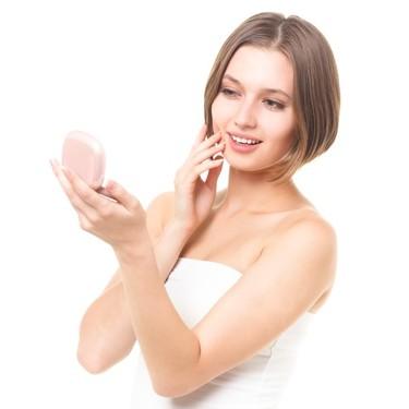 化粧品はコットンと手どっちでつける?パッティングの正しいやり方!