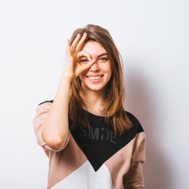 メガネが似合わない人の顔の特徴・原因は?似合うメガネを見つけよう