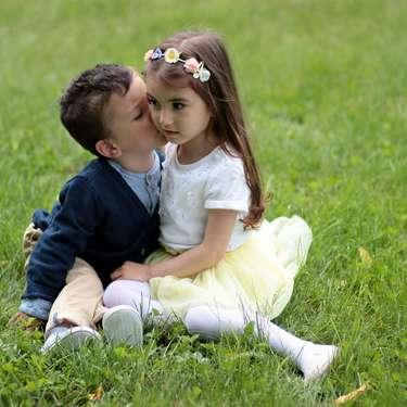 ほっぺにキスする男性心理とは?彼氏のほっぺに可愛くキスする方法も!