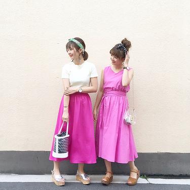 ピンクに合う色7選!色別にコーデを紹介!濃いピンクには何が合う?