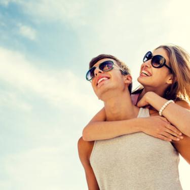 抱きしめられたい心理とは?男性が彼女に抱きしめられたい瞬間7選!