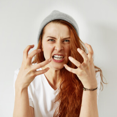 ムカつく女の特徴15個!対処法や仕返しの仕方も解説します!
