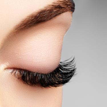 上戸彩のメイク方法!眉毛と目を真似したい!