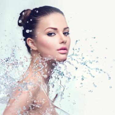 化粧の上から保湿ができる便利アイテム厳選!種類別に使い方も紹介!