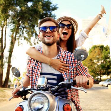 男友達との恋愛を成就させる方法。どんなきっかけで付き合うの?