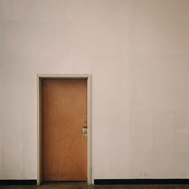 ドア・扉が夢に出てくる意味31選|あなたの将来を示す!【夢占い】