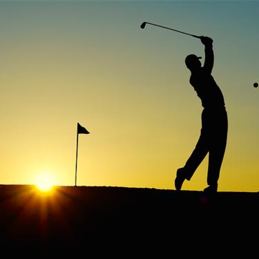 ゴルフの夢の意味や解釈15選|将来や人生の方向性を暗示!【夢占い】