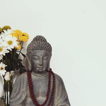 【夢占い】仏像が出てくる夢の意味25選|観音様・大仏・お釈迦様など