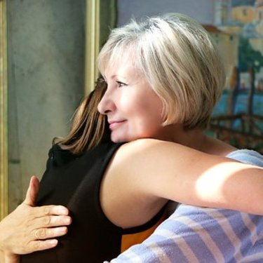 【母の日】義母へのプレゼント10選|メッセージ文例やNGアイテムも