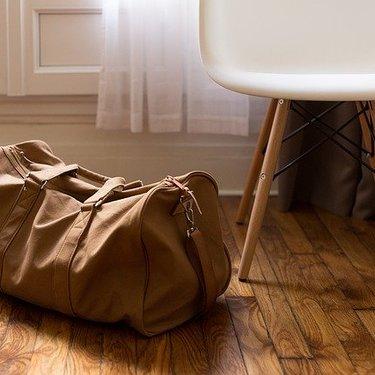 【夢占い】バッグや鞄の夢が表す意味21選|大きさや状況別に解説!