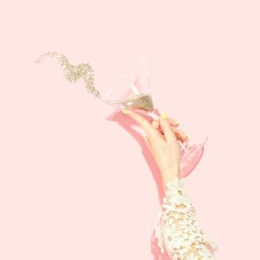 【夢占い】パーティーの夢の意味35選|招待・ドレス・誕生日など