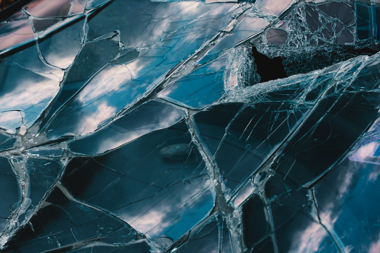 映画『青くて痛くて脆い』で吉沢亮の狂気を観たい!あらすじやキャストは?