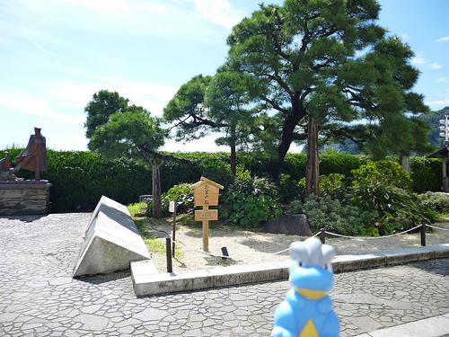 熱海温泉街散策で外せないスポット【お宮の松】