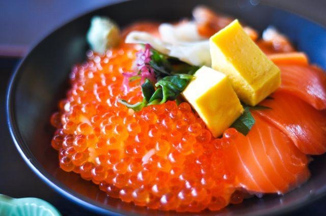 青森魚菜センター『のっけ丼』の具材のおすすめは?失敗しないコツ!