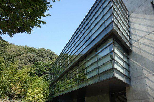 坂の上の雲ミュージアムへの所要時間と駐車場は?愛媛の観光名所!必見!