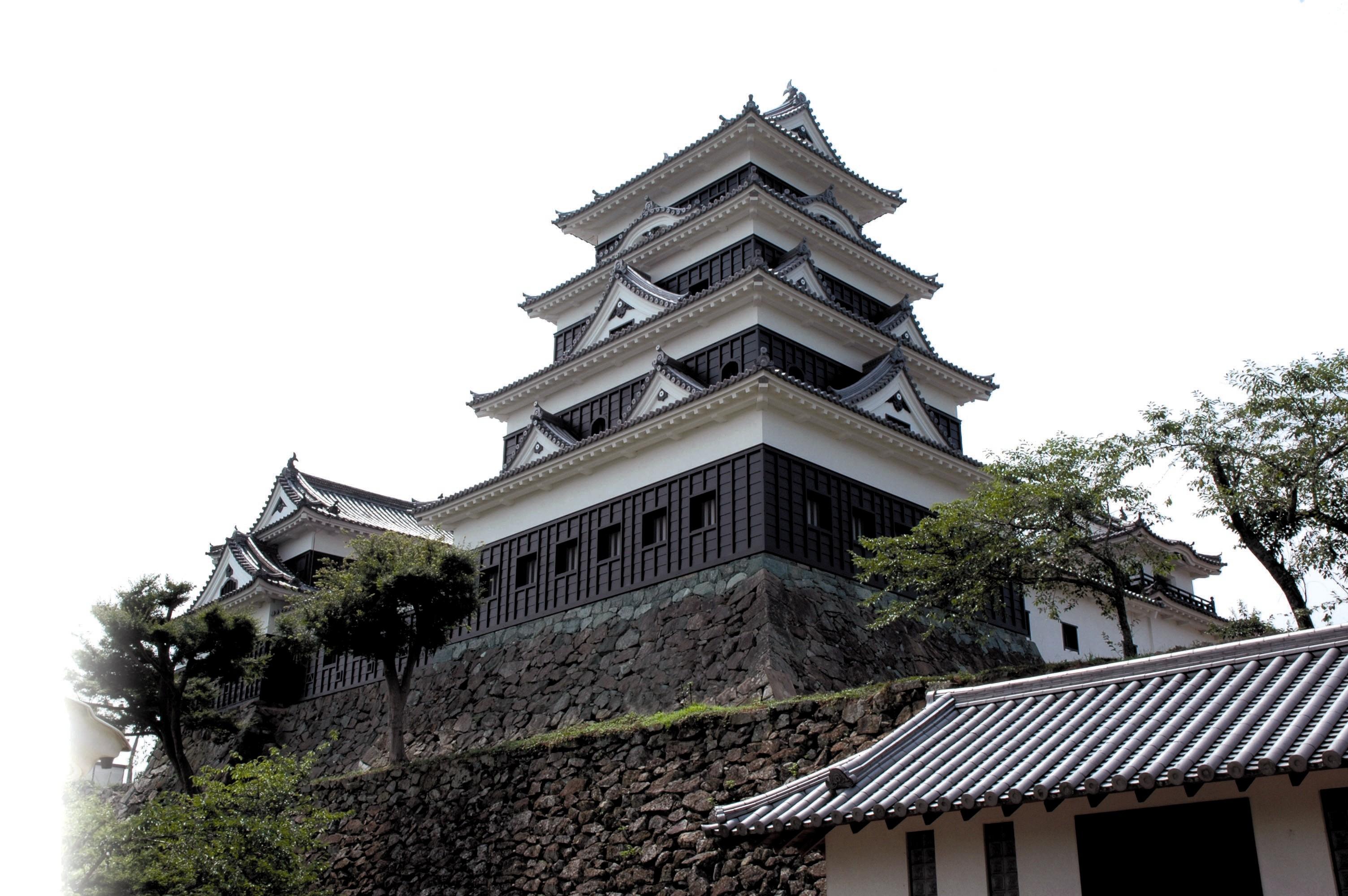 愛媛県のお城特集!宇和島城・松山城・大洲城・今治城・湯築城など